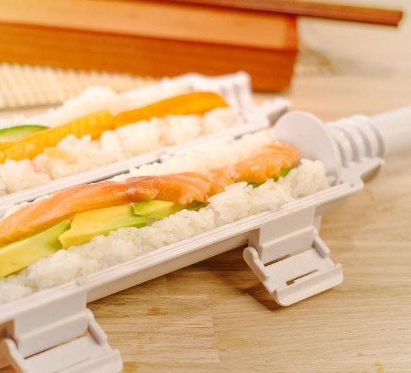 The-Sushi-Bazooka-2
