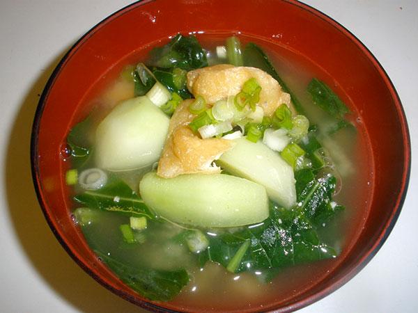 kohlrabi_miso_soup