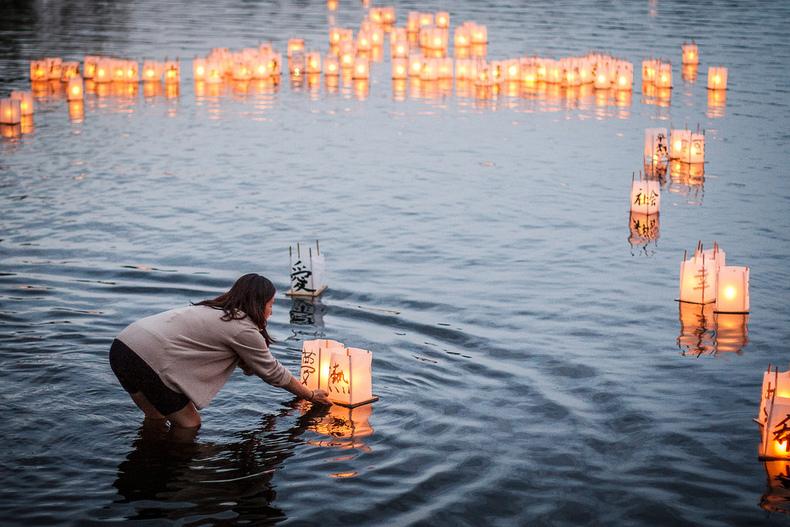 hiroshima-Lantern-ceremony-2