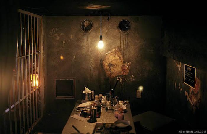 weird-cafe-3