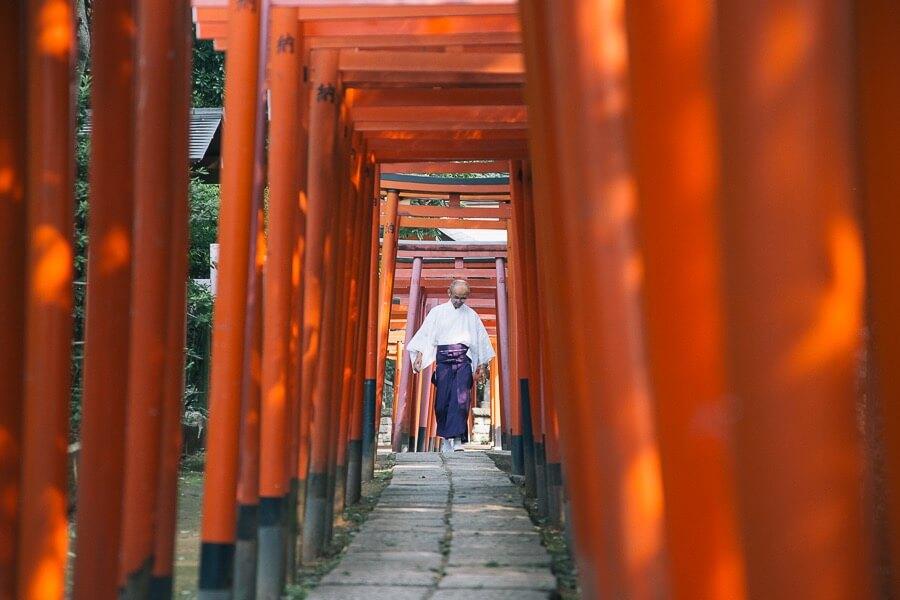 nezu-shrine-3