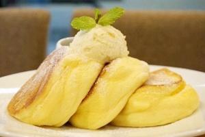เคล็ดไม่ลับ ชวนทำ Souffle Pancakes แพนเค้กฟูนุ่มสไตล์คาเฟ่ญี่ปุ่น