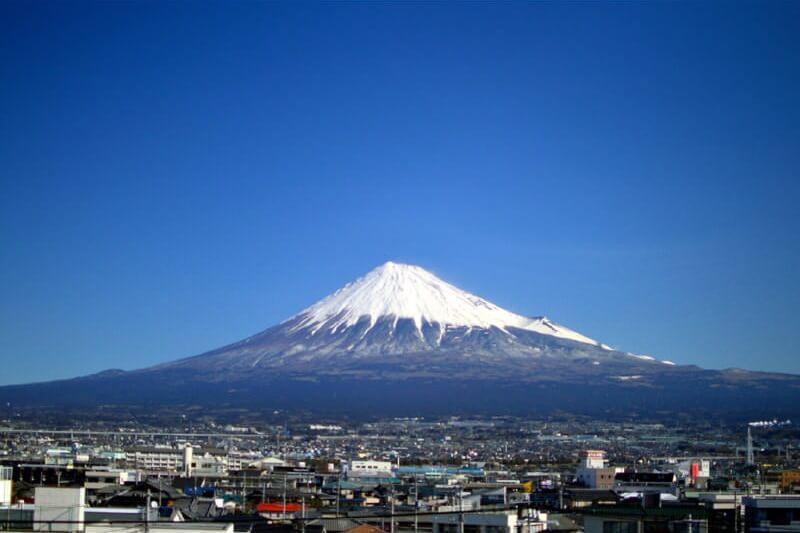 """5 สุดยอดภูเขาสวยทั่วญี่ปุ่นที่มีชื่อเล่นว่า """"ฟูจิ"""""""