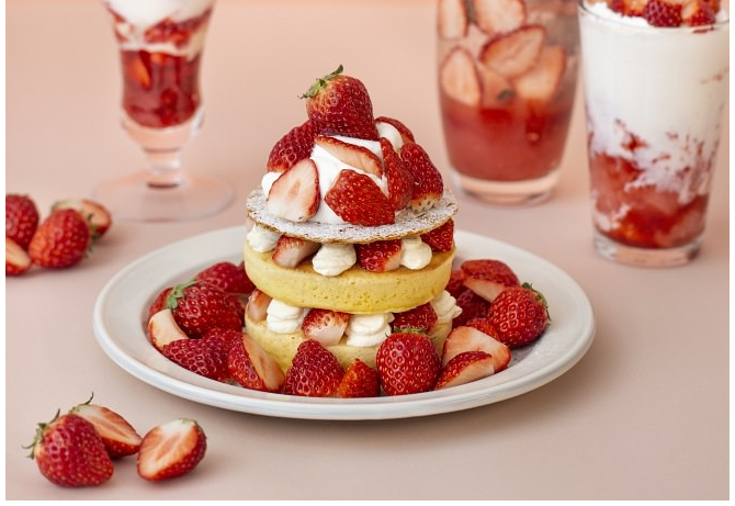 strawberry mille-feuille pancake