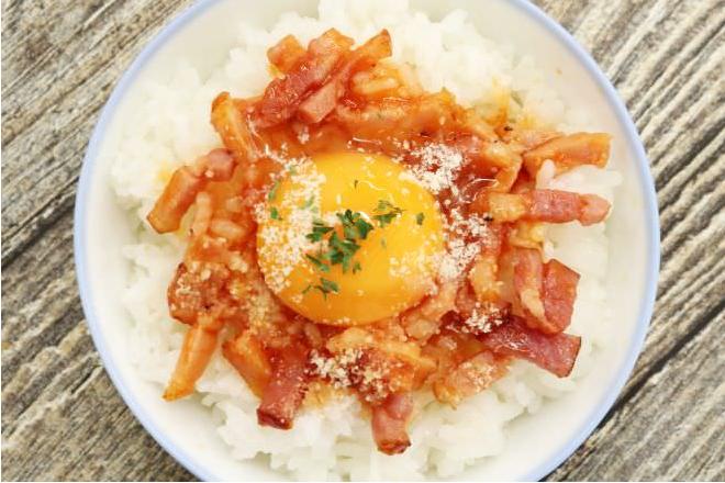 Raw Egg Style Omelet