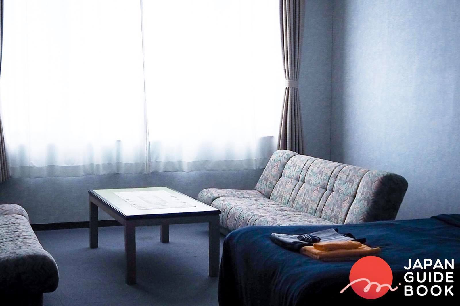 ห้องพักแบบตะวันตกในรีสอร์ตยามะยูริ