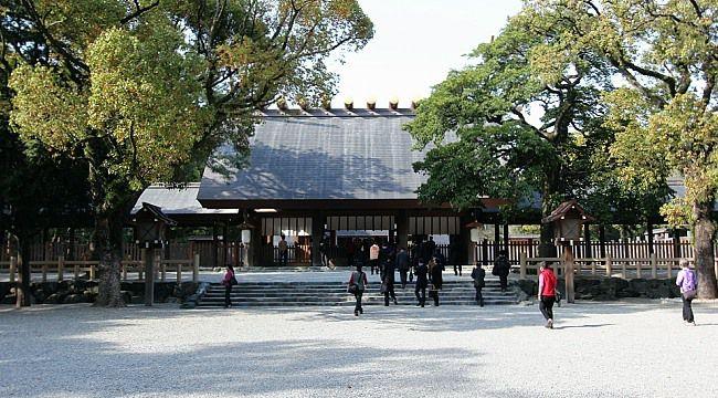ศาลเจ้าอาสึตะ (Atsuta Shrine) | ที่เที่ยว นาโกย่า (Nagoya)