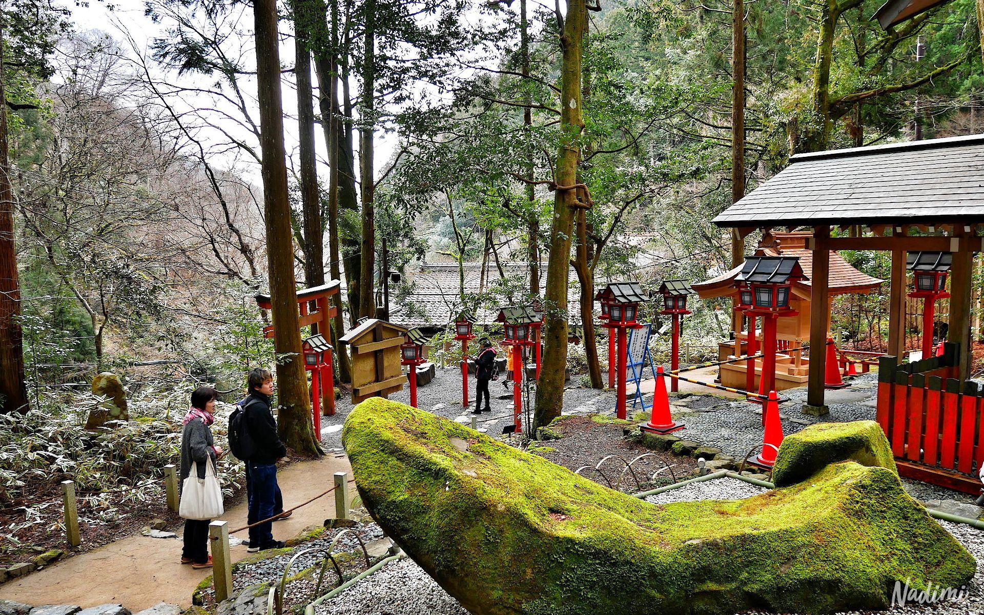 เที่ยวจังหวัดเกียวโต ที่เมืองคิบูเนะ (Kibune) เที่ยวศาลเจ้าคิฟุเนะ เกียวโต เที่ยวศาลเจ้าคิฟุเนะ เกียวโต ศาลเจ้าญี่ปุ่นขอพรเรื่องความรัก