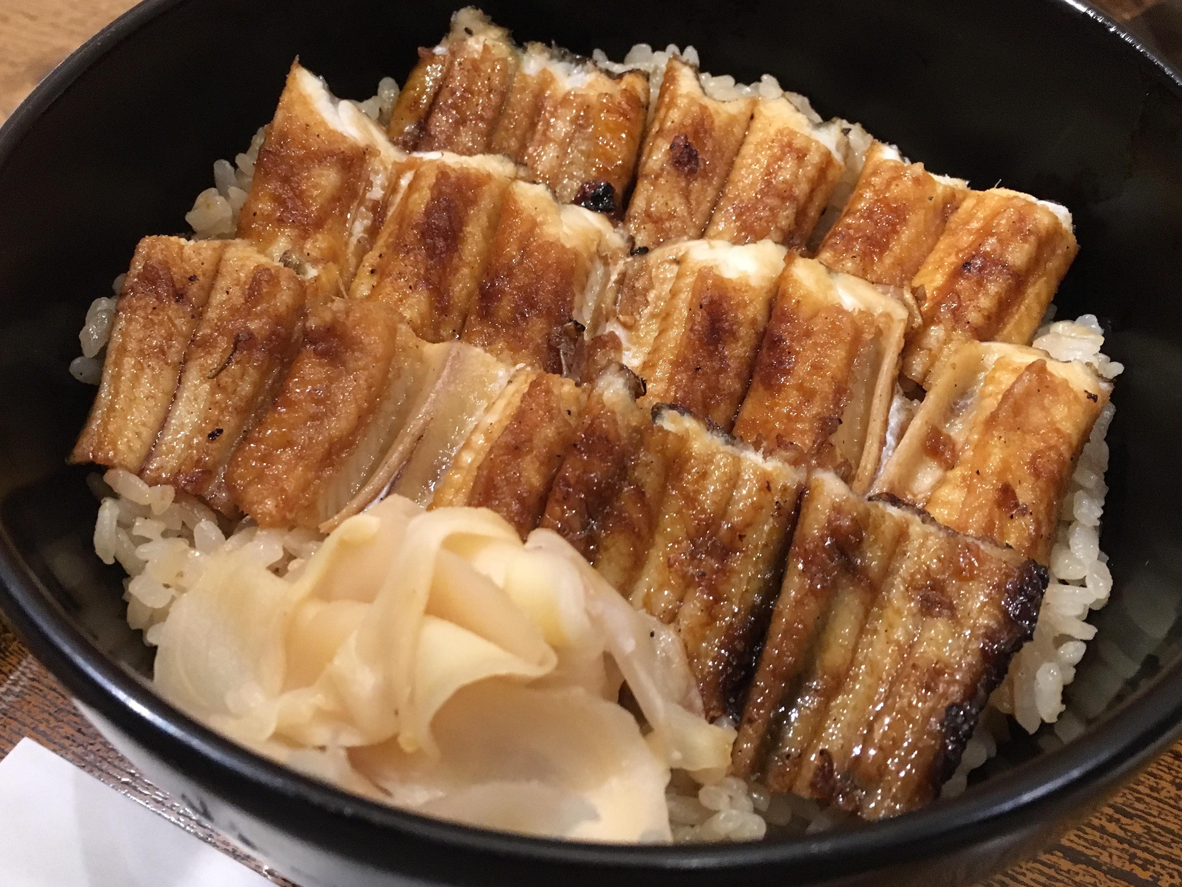 พาชิม 2 ร้านมิชลินของอร่อยแห่งเกาะ Miyajima ที่Hiroshima ร้าน Ueno ได้รับรางวัล Bib Gourmand จากมิชลิน ไกด์บุ๊ค (Michelin Guide)