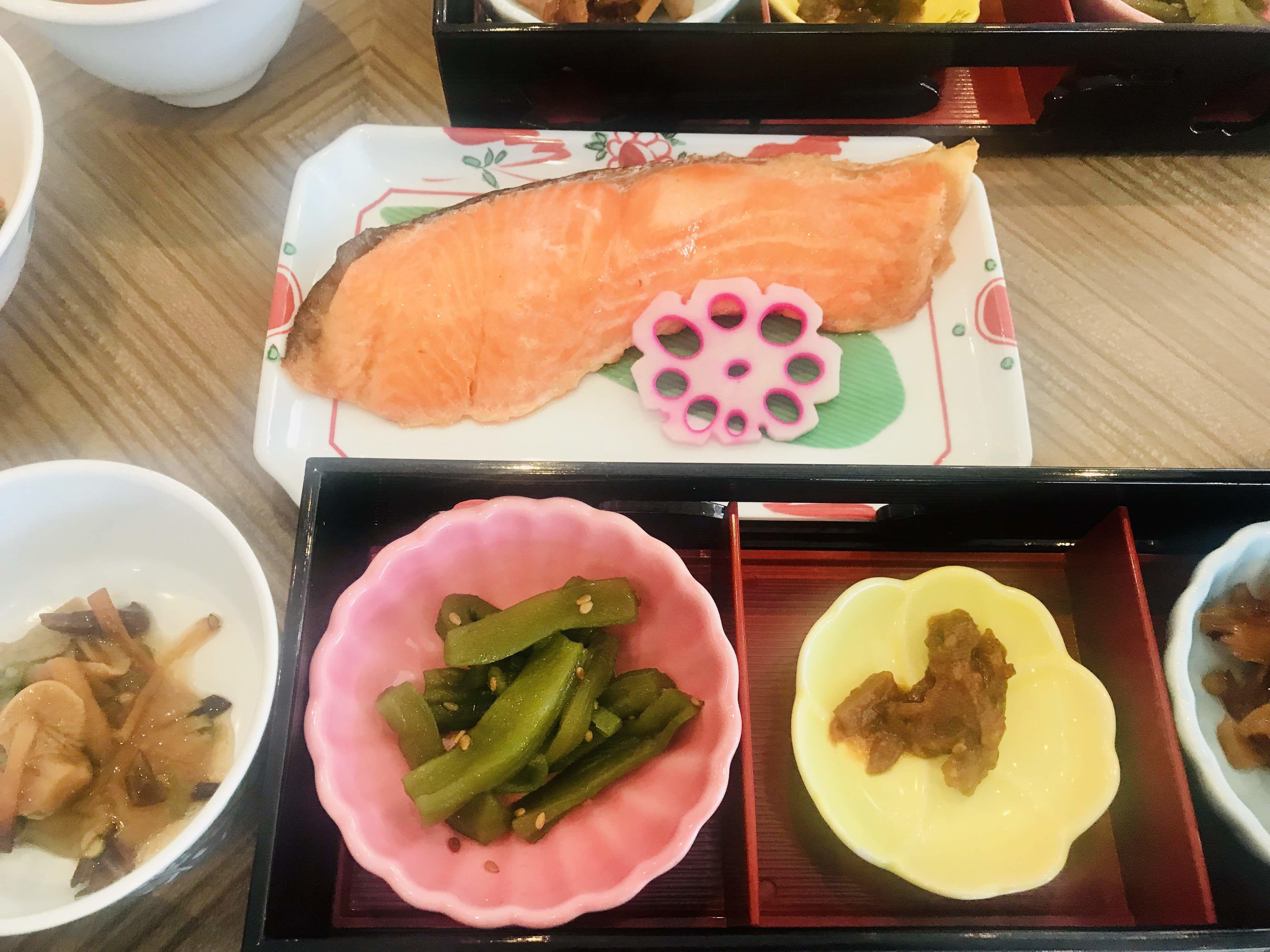 รีวิวเที่ยวอะคิตะ(Akita) นอนแบบเรียวกัง น้ำผึ้งญี่ปุ่น