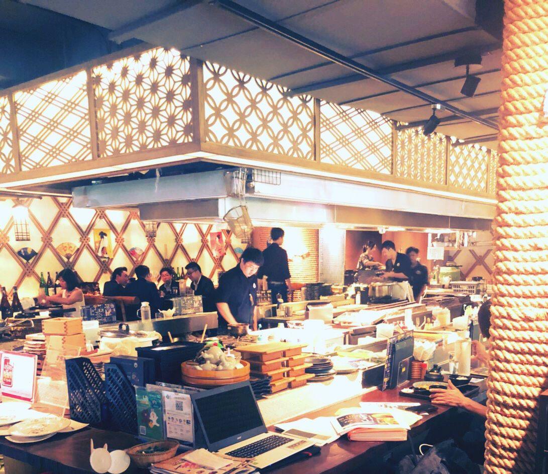 Touka restaurant ร้านอาหารญี่ปุ่นสไตล์อิซากายะ ย่านสีลม