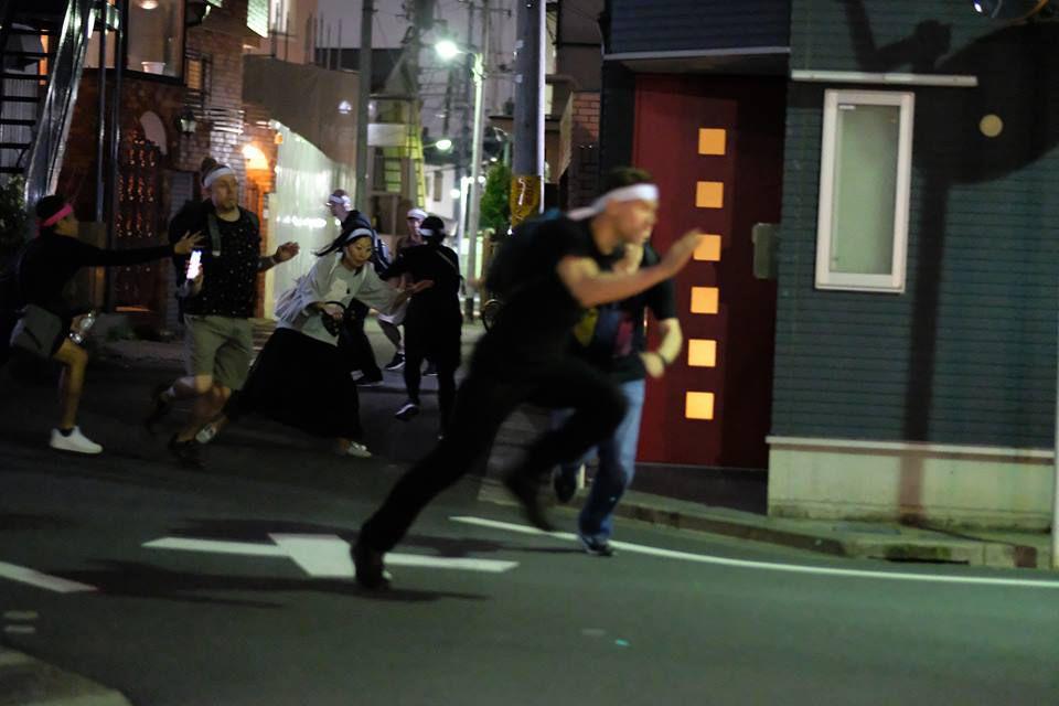 ญี่ปุ่น only!! กิจกรรมเพี้ยนๆ วิ่งไล่จับ ทั่วโตเกียว