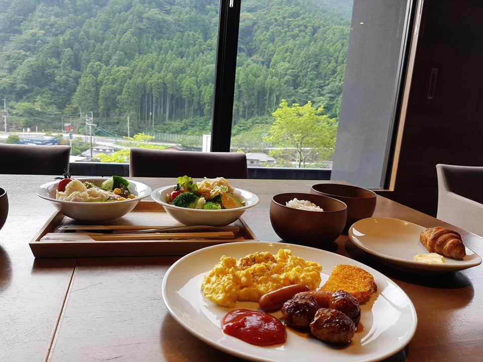 ห้องอาหารโรงแรม ONCRI เมืองฟุรุยุออนเซน จังหวัดซากะ