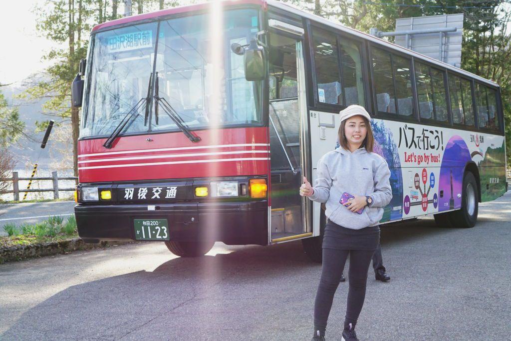 นั่งรถบัสเที่ยวรอบทะเลสาบทาซาวาโกะ จังหวัดอากิตะ