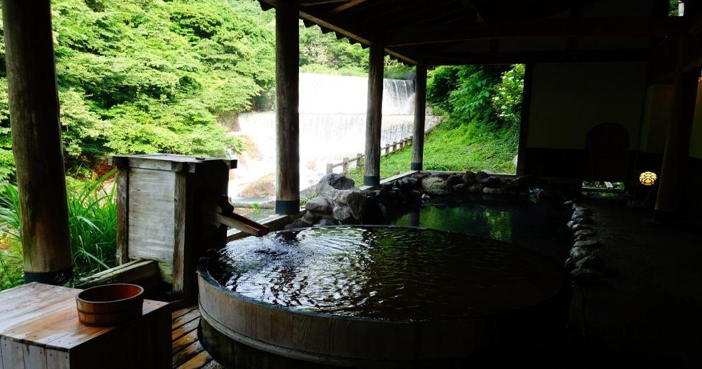 ที่พักโรงแรมเรียวกัง Tsuchiyu Onsen จังหวัดFukushima มีออนเซ็น