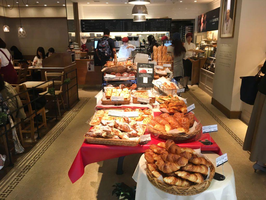Boulangerie Jean François ร้านขนมปังฝรั่งเศสที่โตเกียว คิดเงินด้วยระบบ BakeryScan