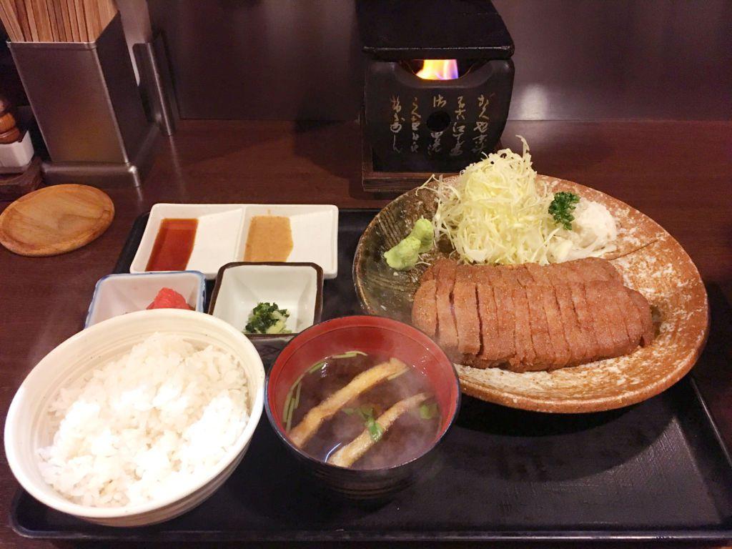 Gyukatsu Motomura กิวคัทสึร้านดังย่านชิบูย่าที่สายเนื้อห้ามพลาด!