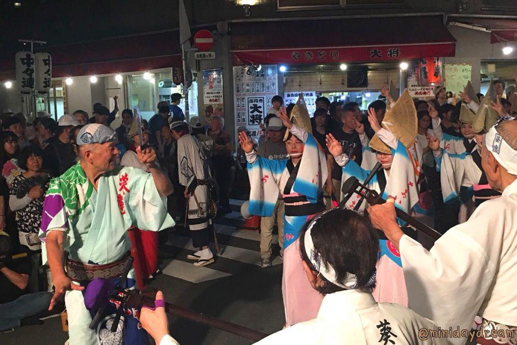 เทศกาลฤดูร้อนในโตเกียวที่ควรไปสักครั้ง (ตอนที่ 3 เทศกาลโคเอนจิอาวะโอโดริ)