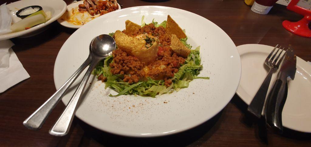 Taco Rice ร้านอาหารอเมริกัน T.G.I. Fridays ที่ Ueno Tokyo