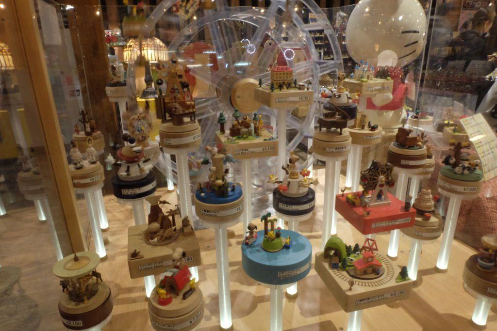 มีกล่องดนตรีจำหน่าย ที่พิพิธภัณฑ์กล่องดนตรี Otaru Music Box Museum ฮอกไกโด