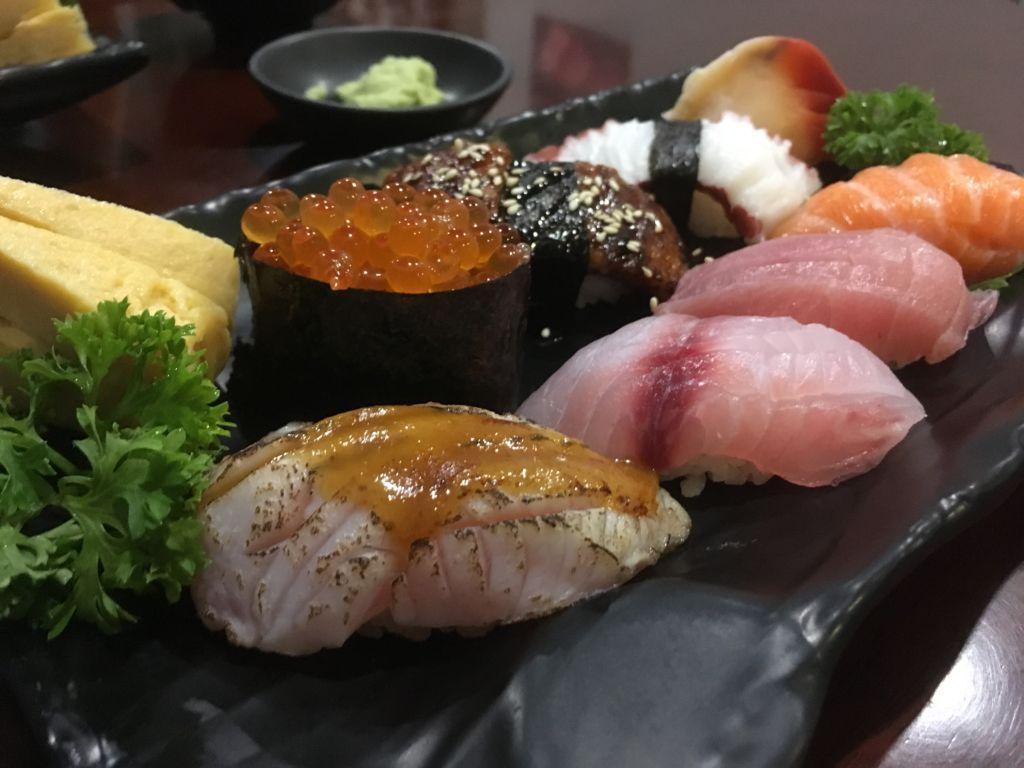 ร้านซูชิ สูตรจากสถานทูตญี่ปุ่น Sushi Hari เมืองทองธานี