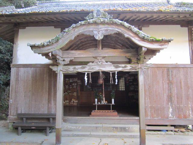 ศาลเจ้าคารุเบะ (Karube Shrine)