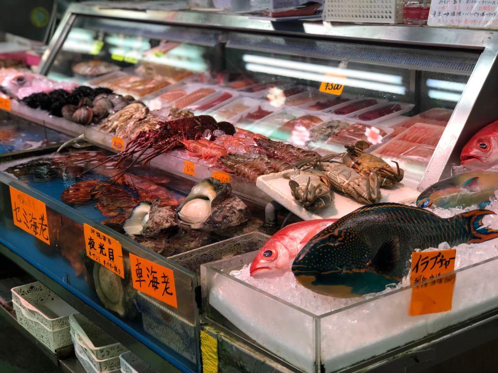 ตลาดปลามาคิชิ โอกินาว่า