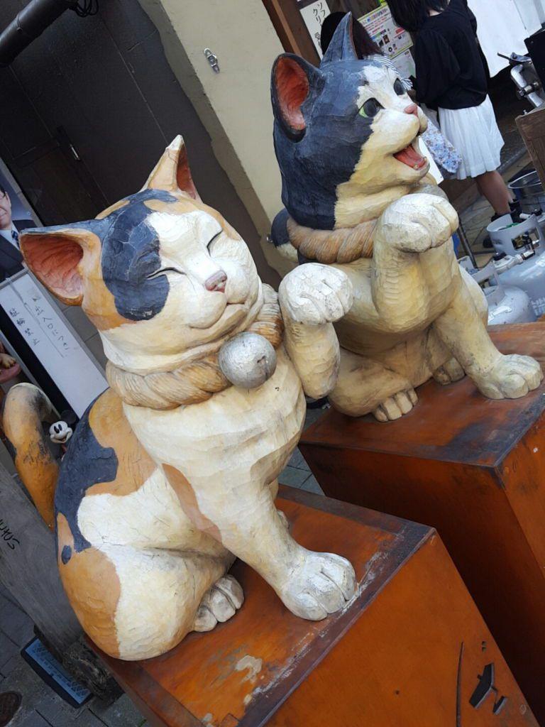 ช้อปปิ้งย่านเก่าแก่สไตล์ญี่ปุ่นและสินค้าของกินแบบแมวๆ ที่ Yanaka Ginza โตเกียว