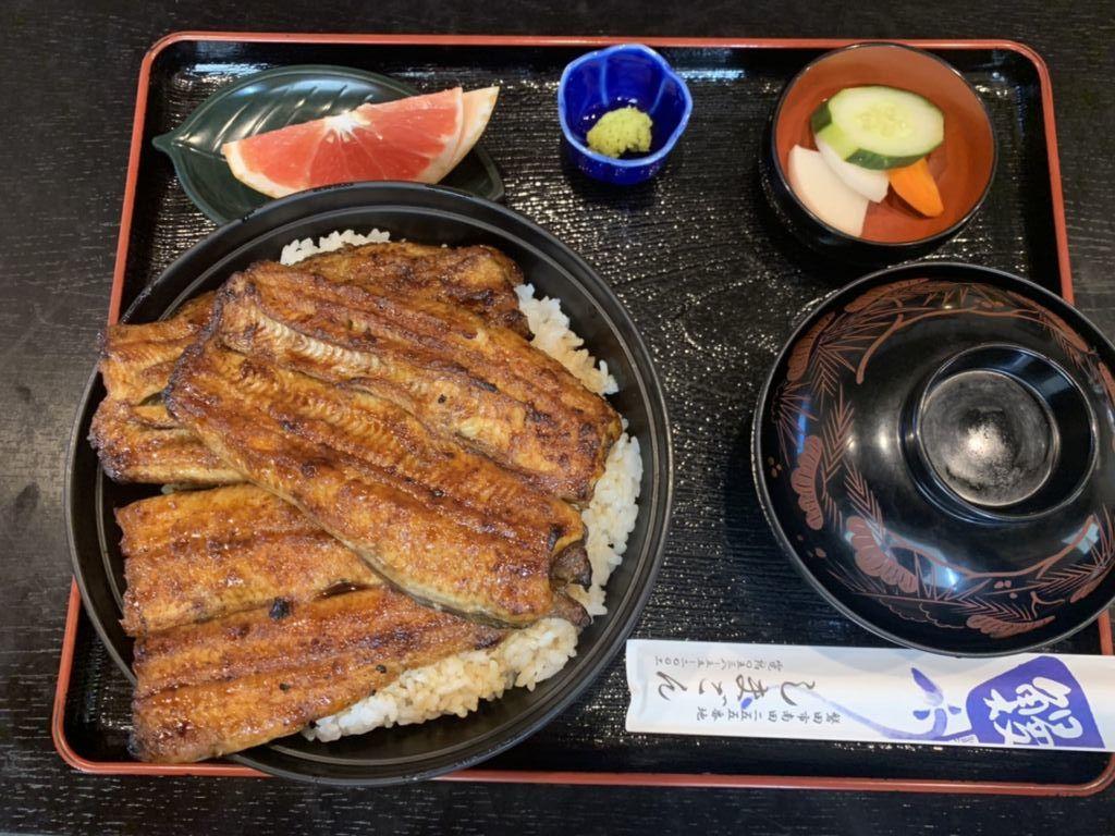 ข้าวหน้าอุนางิ (ปลาไหลญี่ปุ่น) ที่ร้านชิมะงน (Shimagon) เมืองอิวาตะ จังหวัดฟุกุโอกะ