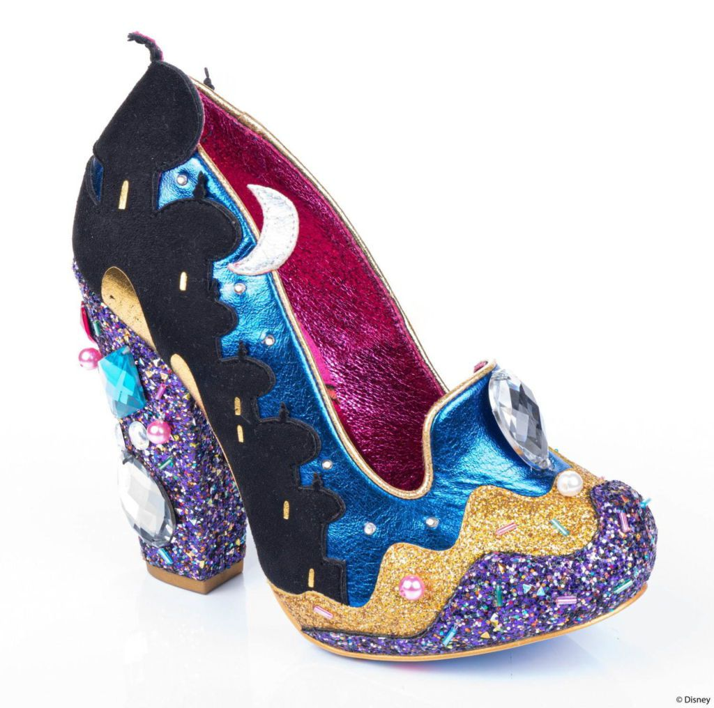 """รองเท้า และกระเป๋า """"Aladdin"""" และ """"Aurora"""" จากแบรนด์ Irregular Choice"""