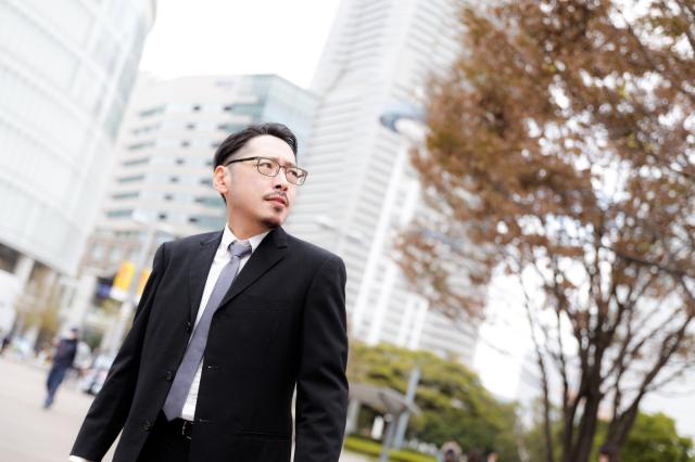 บริษัทยักษ์ใหญ่ในญี่ปุ่นเตรียมบอกลาชุดสูทของพนักงาน!!