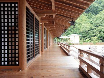 Gosho Yashironomori โรงแรมที่จะทำให้คุณได้ดื่มด่ำไปกับธรรมชาติและบรรยากาศในช่วงยุคเฮอัน