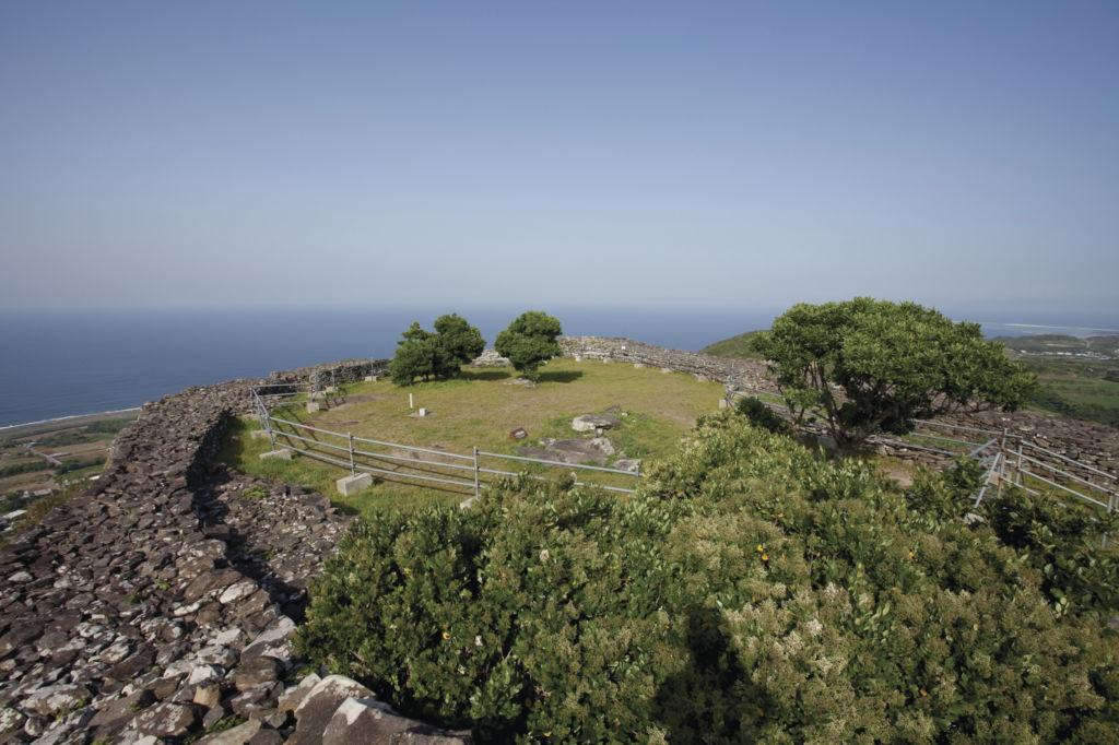 เกาะคุเมะ ดินแดนทะเลน้ำใสที่สุดในโอกินาว่า
